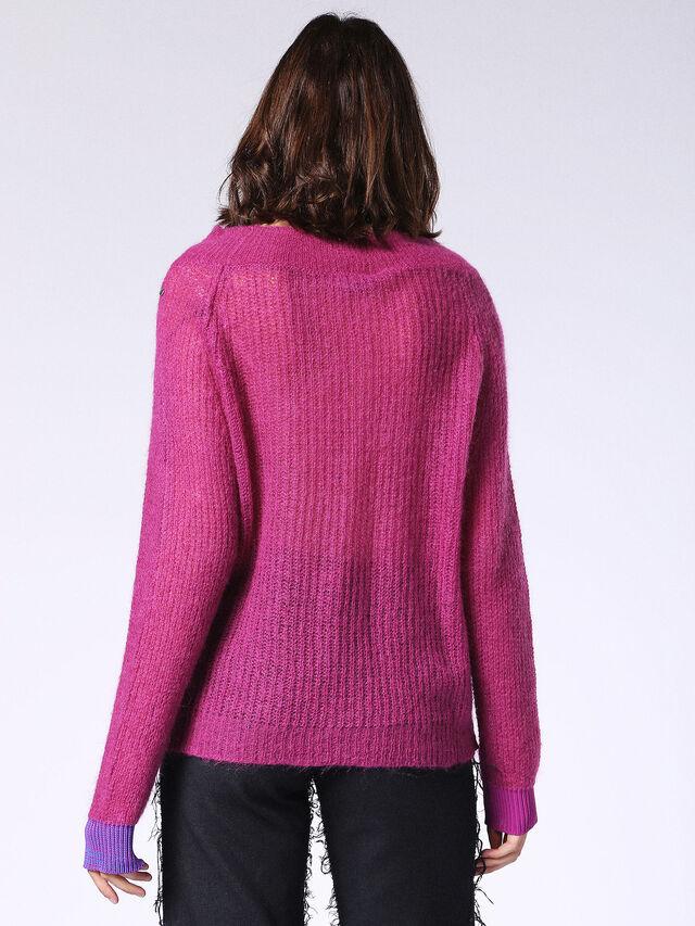 M-SHOULD, Hot pink