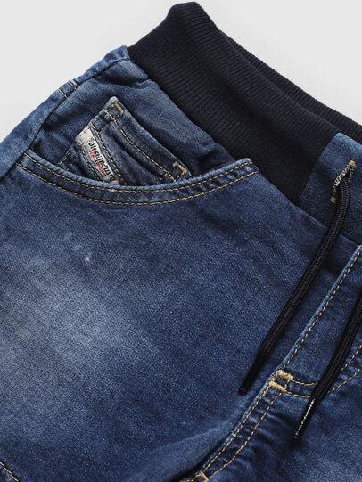 Diesel - PRONNY JOGGJEANS, Medium blue - Shorts - Image 3