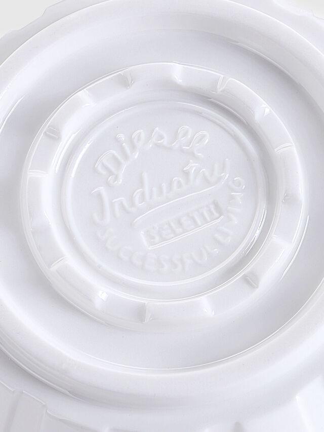 10982 MACHINE COLLEC, White