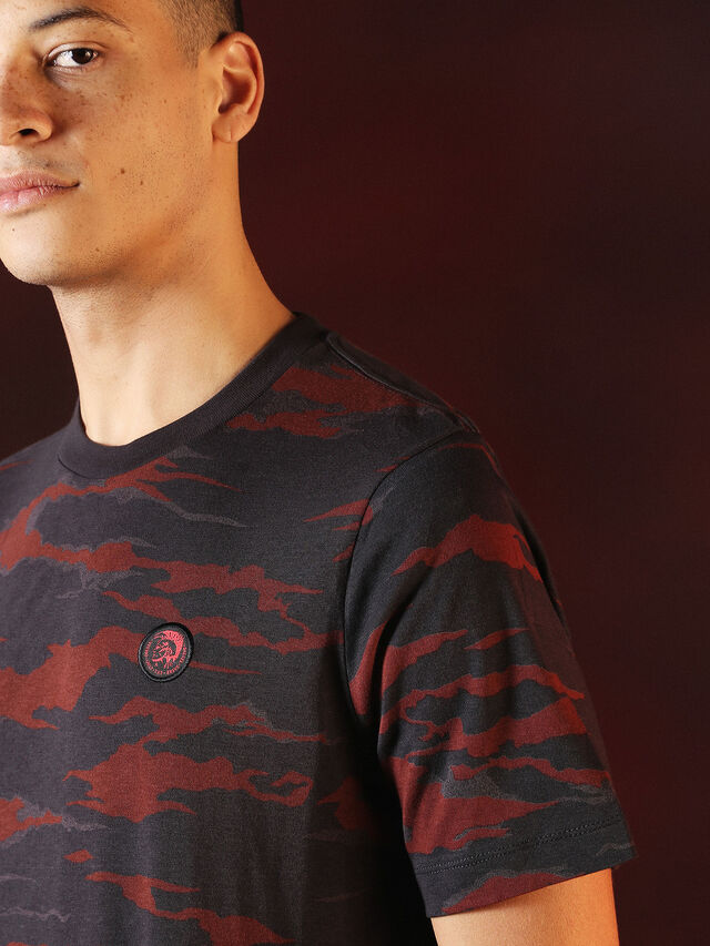 Diesel - DVL-TSHIRT-CAMU-SPECIAL COLLECTION, Red/Black - T-Shirts - Image 5
