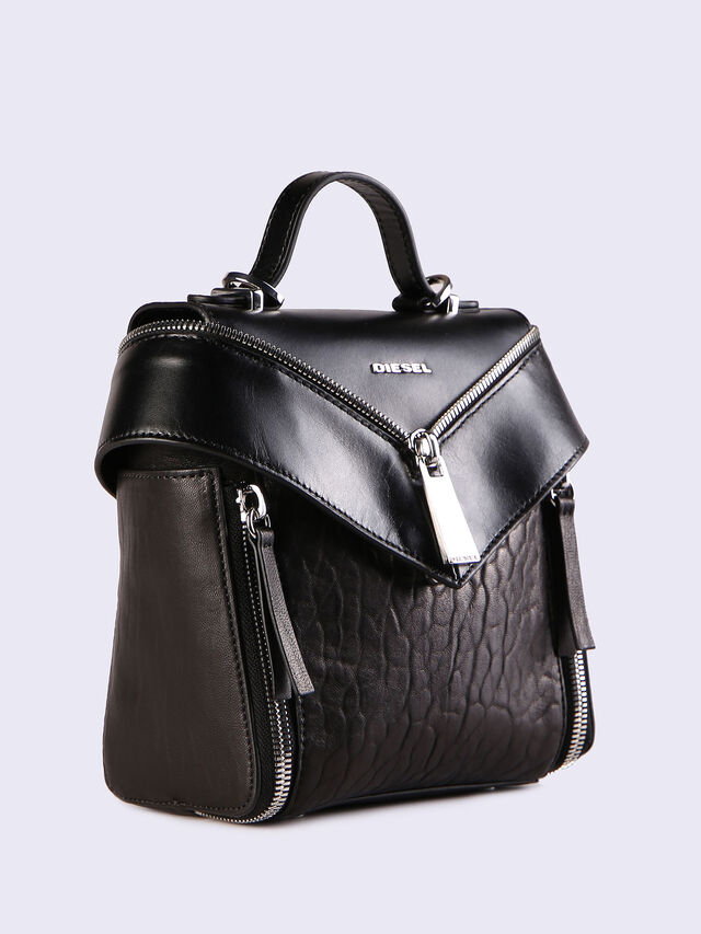 LE-KIIMY II, Black