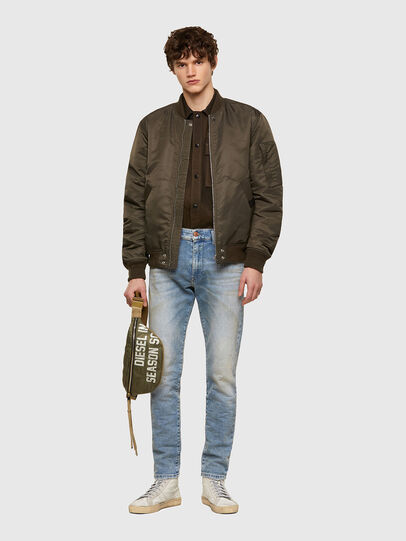 Diesel - D-Strukt JoggJeans® 069UU, Light Blue - Jeans - Image 5